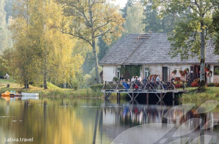 Läti - Vidzeme mõisad ja imeline rannik